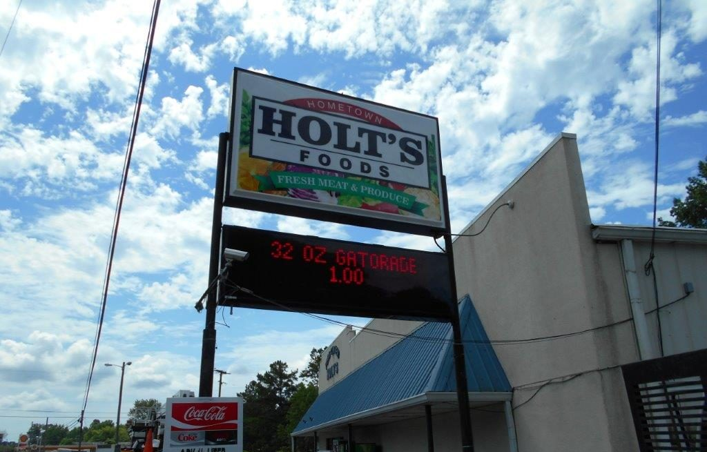 holts wo 387505 2 - Joslin & Sons Signs